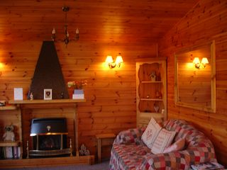 Rowan Lodge - cosy interior